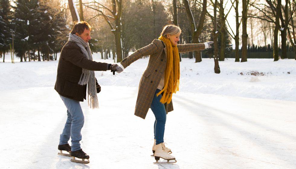 active-couple-skating
